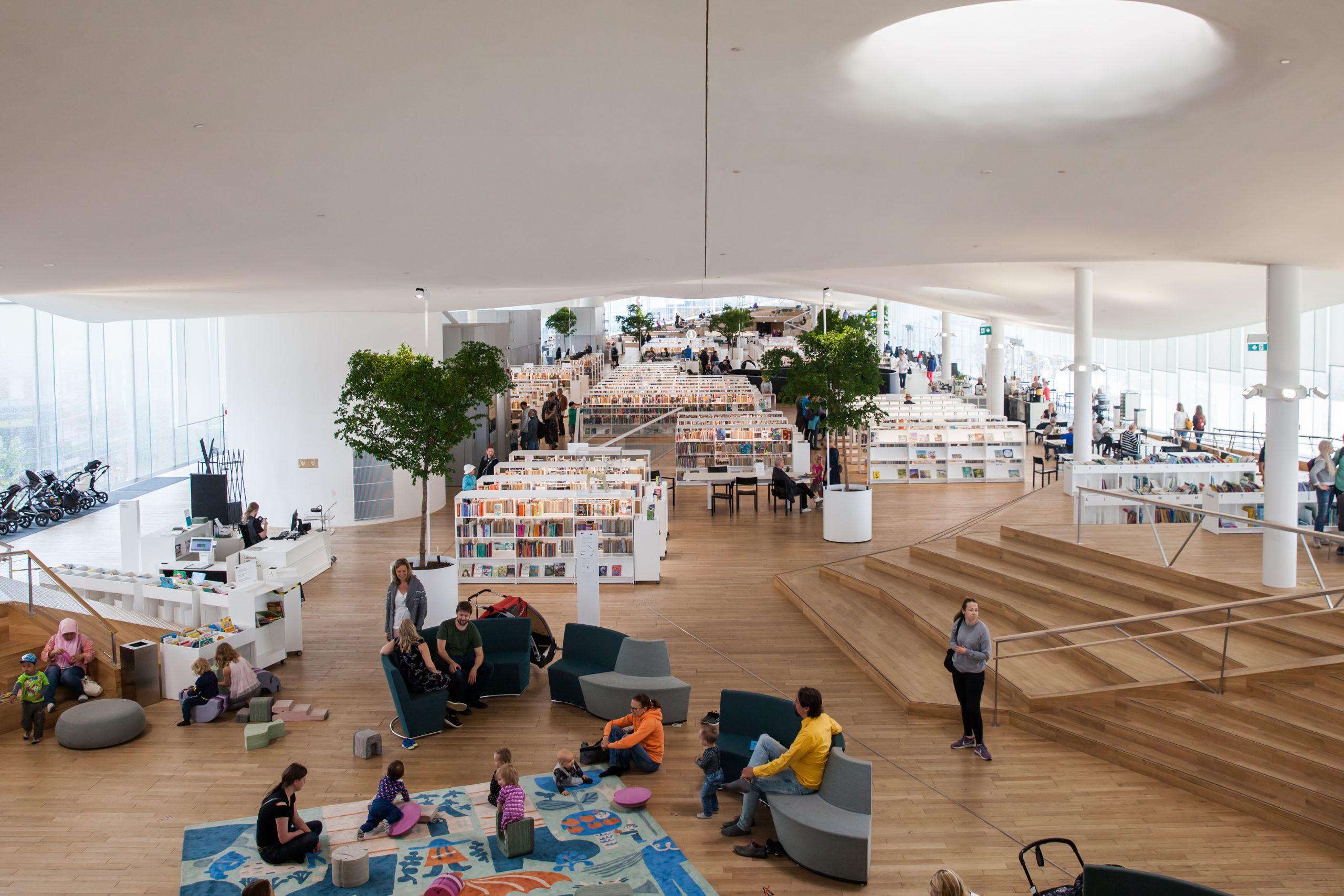フィンランドの公共図書館